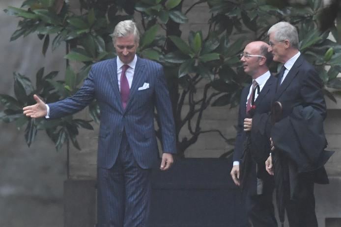 Le roi Philippe, Rudy Demotte et Geert Bourgeois ce matin au Palais royal.