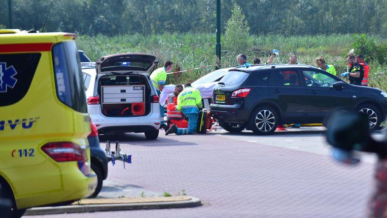 De politie in Breukelen na het schietincident waarbij Jaïr Wessels om het leven kwam. Beeld Michiel van beers