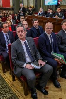 """Jusqu'à 13 ans de prison pour les indépendantistes catalans, Puigdemont dénonce une """"aberration"""""""