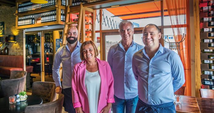 Dok 28 is een echt familiebedrijf. Vlnr: zoon Diego, moeder Jacqueline, vader Rudie en zoon Armando.