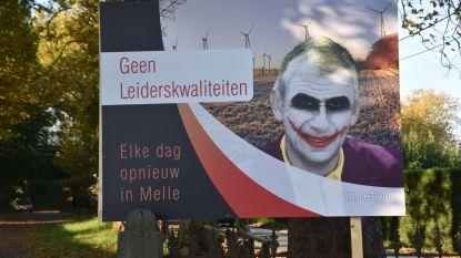 Burgemeester De Maeseneer dient nu toch klacht in tegen kunstenaar Delvoye