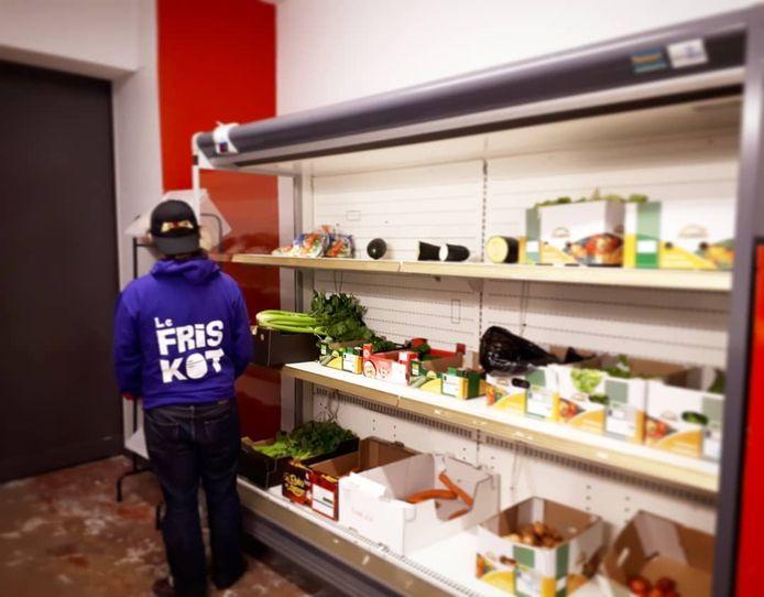 Le Friskot, c'est un frigo partagé situé au cœur du quartier Saint-Léonard, à Liège.