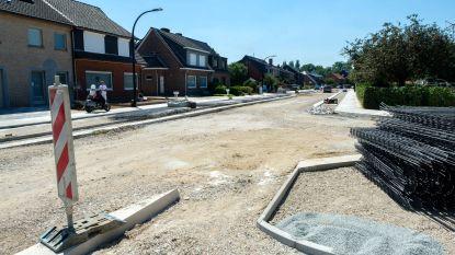 Verkeersplateau Schanslaan krijgt nieuwe betonplaat: verkeer niet toegelaten tijdens bouwverlof
