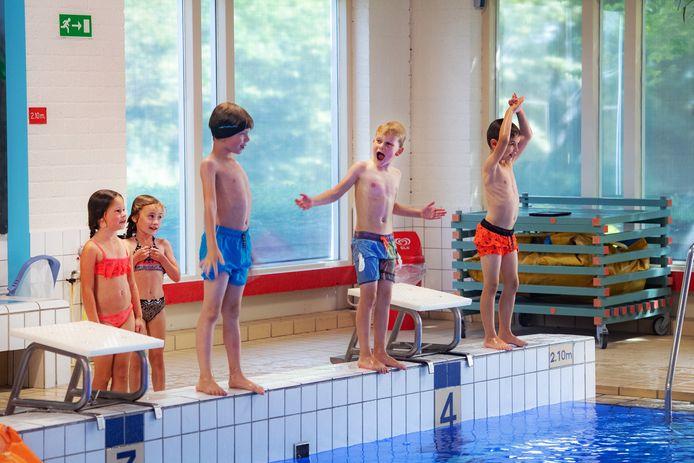 Zwemles aan basisschoolkinderen