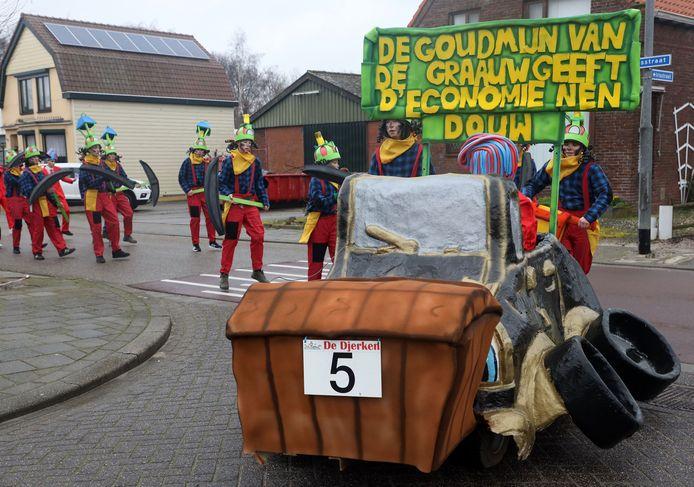 Gouddelfers van cv De Schorremorries zorgen voor een bloeiende economie in Graauw