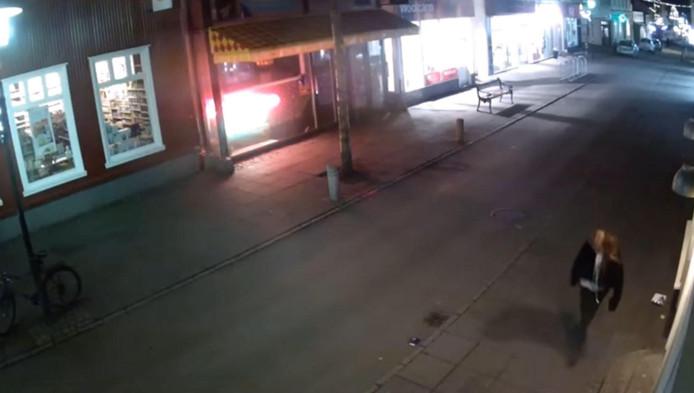 Selon des images de vidéosurveillance, Birna Brjansdottir a disparu dans le centre de Reykjavik samedi 14 janvier vers 5h00 du matin après une nuit de fête. Elle apparaît à l'aube sur des caméras de vidéosurveillance dans le centre-ville, puis sa trace se perd brutalement.