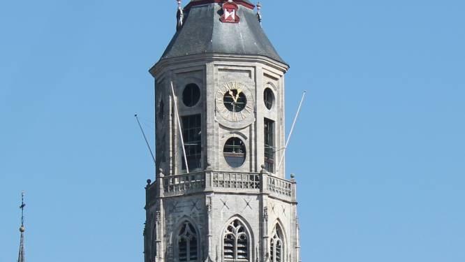 """Lierse expat lanceert samen met boek opmerkelijk idee: """"Waarom bouwen we niet opnieuw een puntige spits op Sint-Gummarustoren?"""""""