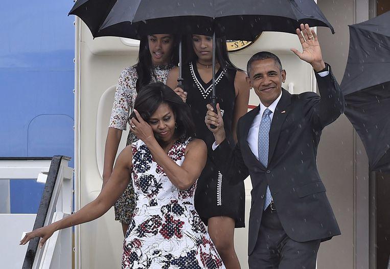 Michelle Obama met haar man Barack toen die nog president was en hun dochters Malia en Sasha in maart 2016.
