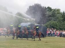 Publiek geniet van Bereden Politie in Nunspeet