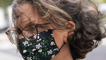 Zes jaar cel voor miljardairsdochter in zaak tegen leiders van sekte die seksslavinnen brandmerkte