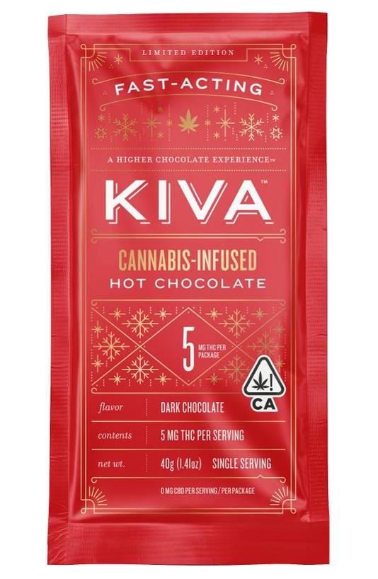 Lekker chill nagenieten met een kopje warme chocolademelk.