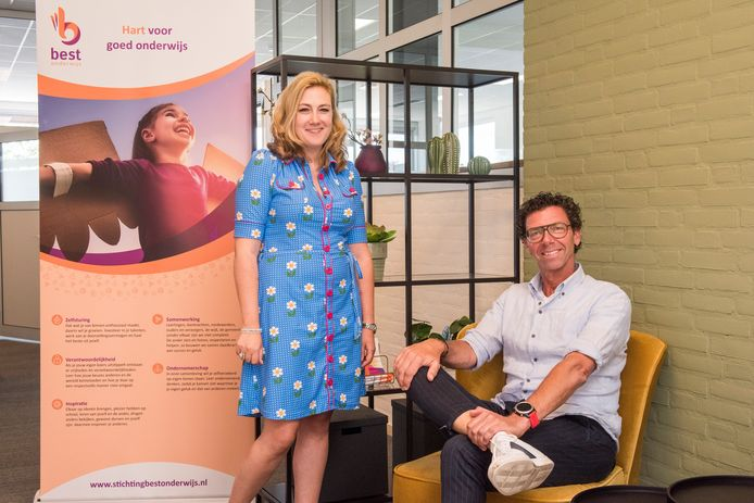 Lous de Jong en Willem Kock zetten zich in voor jonge leerlingen die extra uitdaging kunnen gebruiken.