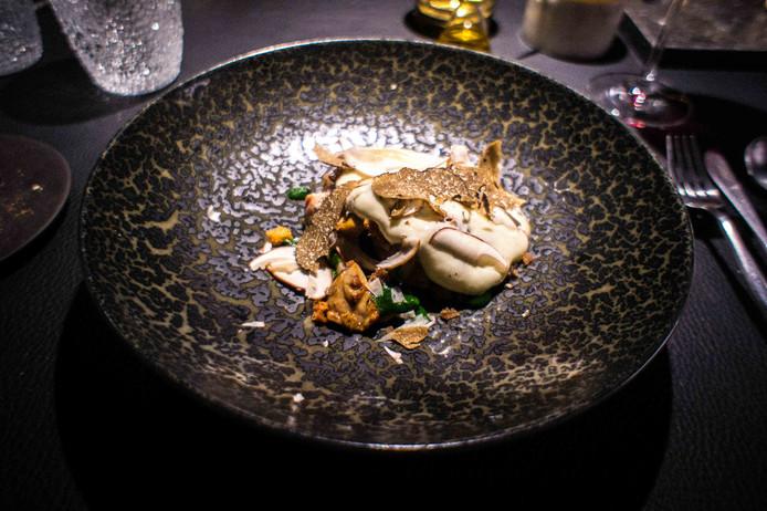 La volaille, l'un des quinze plats du menu Delys.