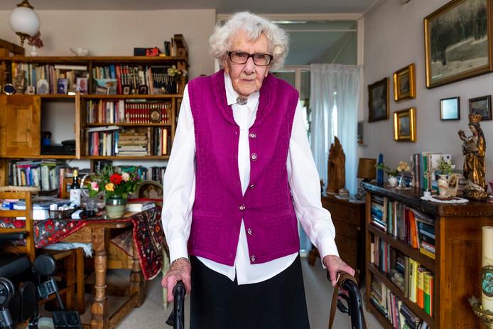 Maria Piël(100) komt op voor de bewoners van verzorgingshuis Careyn, die in anderhalf jaar tijd twee keer moeten verhuizen.
