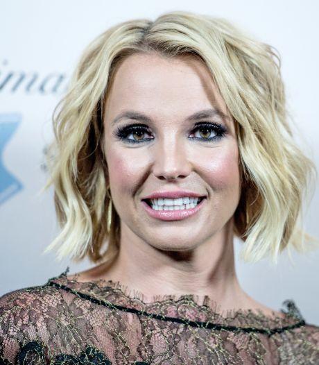"""Le père de Britney Spears répond au mouvement #FreeBritney: """"Non, je ne lui vole pas son argent"""""""