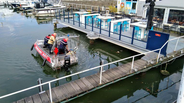 Brandweerpost Hasselt kwam met een boot ter plaatse