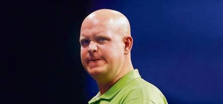 Van Gerwen staakt German Darts Masters vanwege blessure enkel