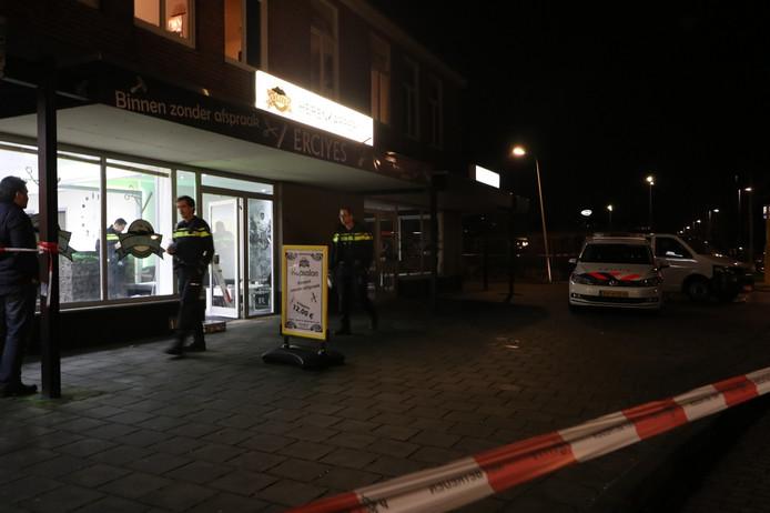 Kapper In Brand Gestoken In Kapsalon Enschede Audio Enschede