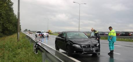 Zeker één gewonde bij aanrijding op Gooiseweg bij Zeewolde