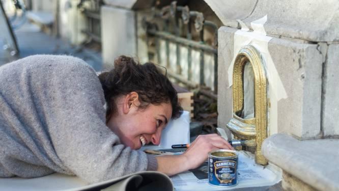Paardenmest maakt plaats voor kunst: kunstenaar Elke (39) geeft vergeten voetschrapers nieuw leven
