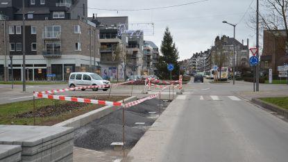 Nieuwe betonstrook op Centrumlaan voor aankomst Omloop