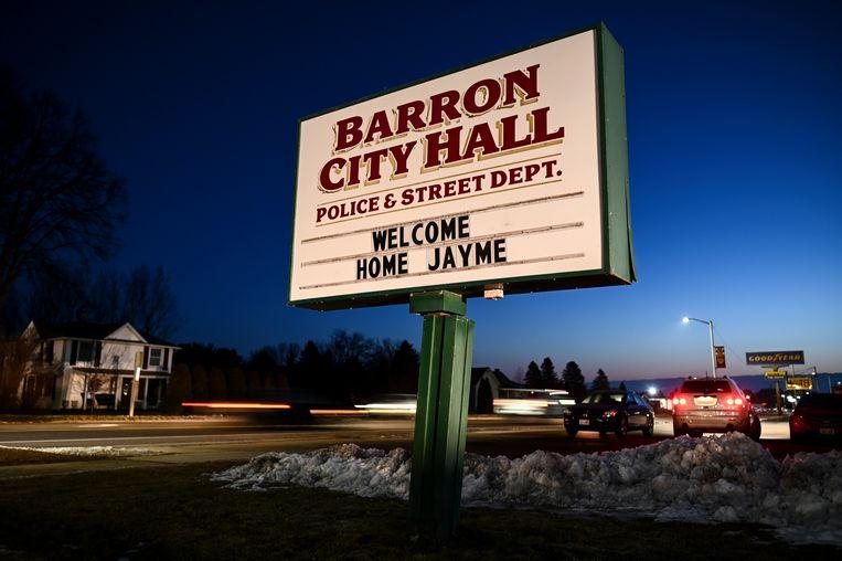 Een bord voor Jayme in haar woonplaats Barron, een dag nadat de vermiste tiener eindelijk werd gevonden.