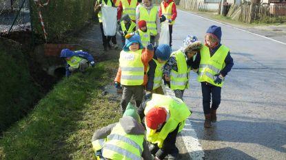 Leerlingen De Sterrebloem houden straten proper