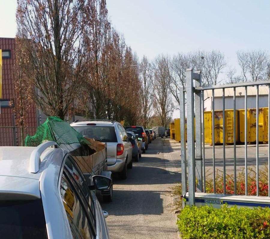 Door de opruimwoede ontstonden dit voorjaar lange rijen bij het afvalbrengstation in Gorinchem.