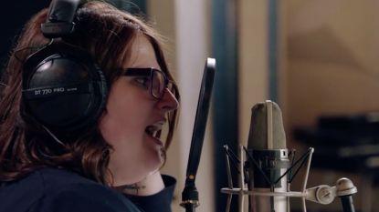 PREVIEW. Tiffany brengt een ode aan haar overleden moeder in 'Studio Stan'
