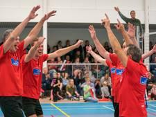 Time Out Diepenheim volleybalt tien mille bij elkaar voor KWF