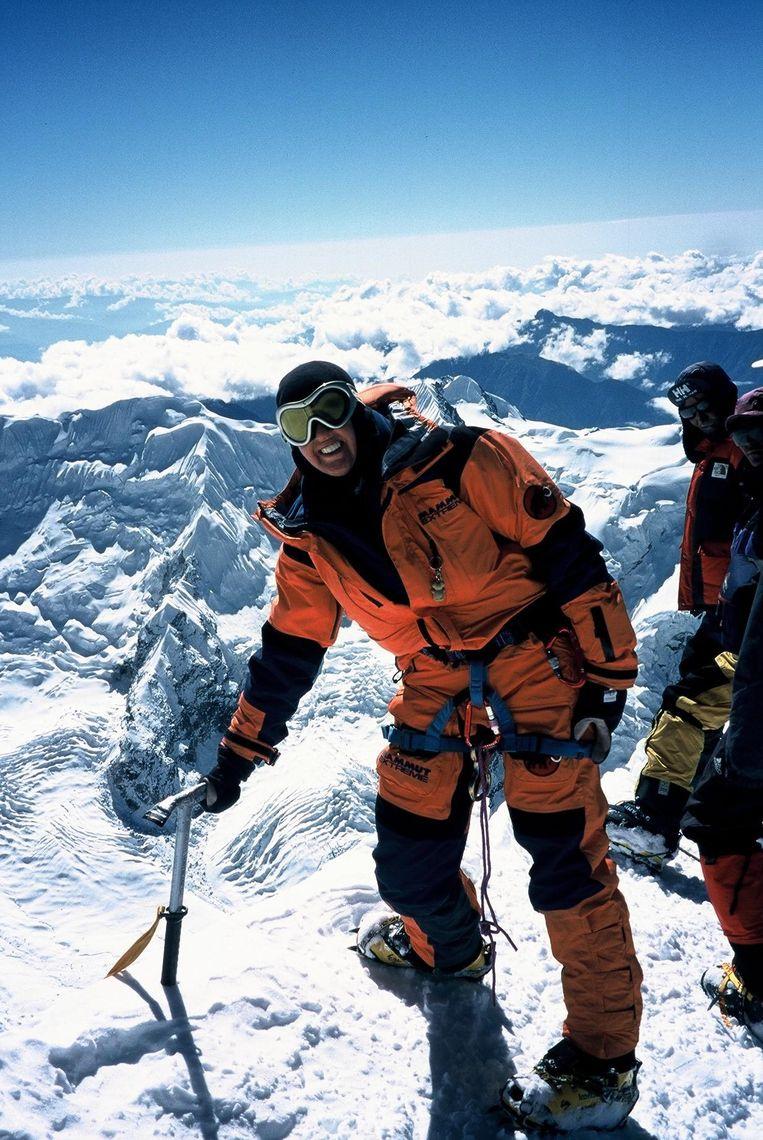Marleen op de Mera-Peak (6.400 meter) in Nepal.
