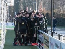 FC Winterswijk al voor rust op rozen tegen BWO