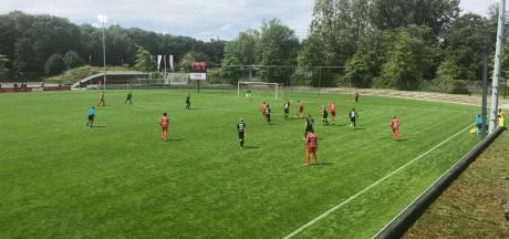 NEC speelt gelijk tegen Almere City in besloten oefenduel, Bossaerts valt uit
