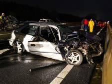 Twee ongevallen met in totaal zes auto's op A17 bij Zevenbergen