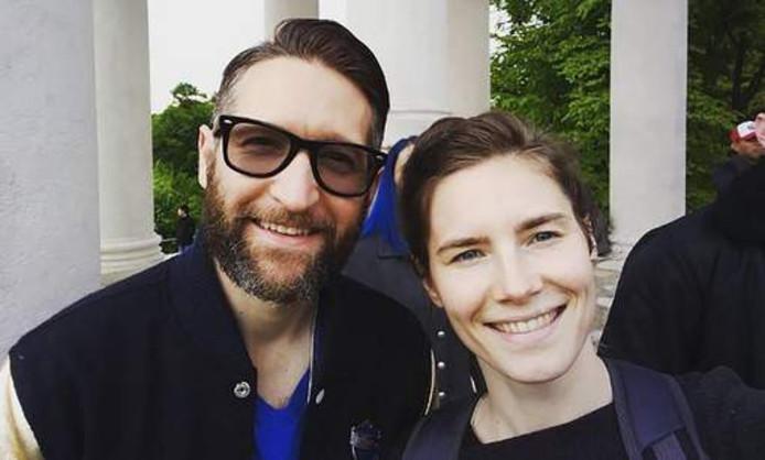 Amanda Knox met haar nieuwe vriend Christopher Robinson.