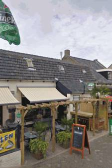 Café Bommenede in Zonnemaire: feestzaal wordt bed and breakfast
