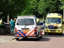 Peuter ernstig gewond bij val van balkon in Velp