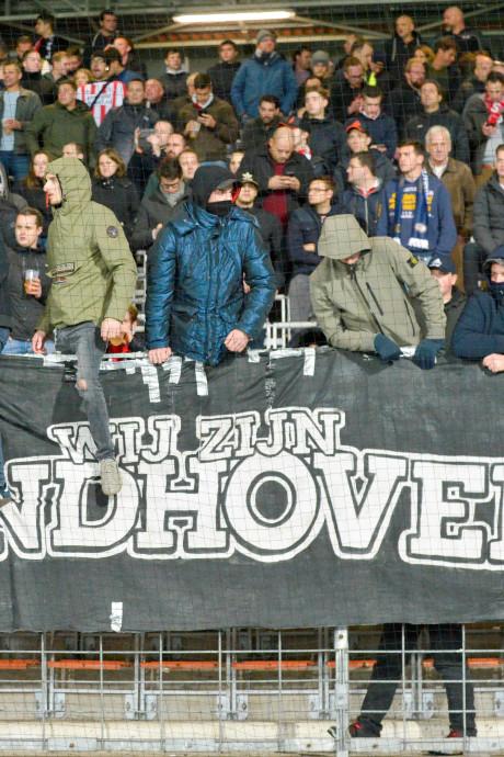 Bij PSV staat voetbal op 1, 2 en 3, maar pakt de website nu even de prijzen