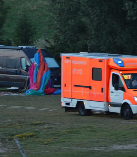 Parazeiler sleept kijker mee in crash, beide Duitsers gewond