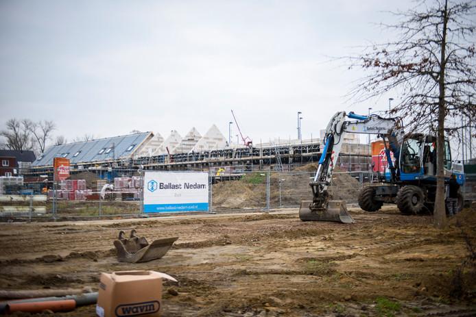 EINDHOVEN - In de nieuwbouwwijk Berckelbosch in Tongelre wordt volop gebouwd. Ontwikkelaar Ballast Nedam kondigde wat nieuwe projecten aan.