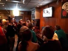 Café De Roos in Halsteren ontploft bij winst van 'hun' Rico Verhoeven