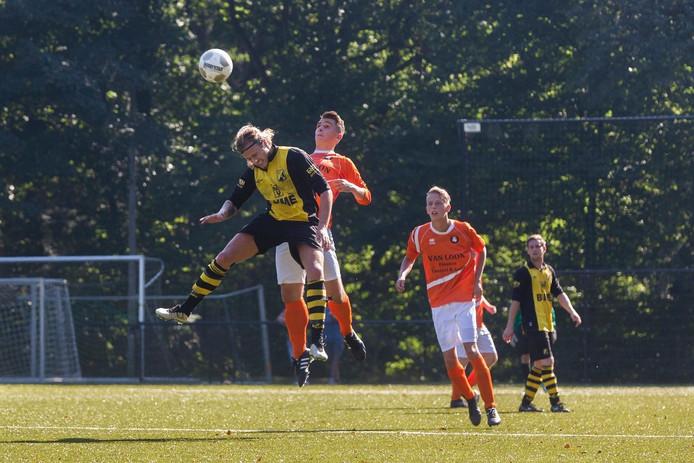 Beeld uit de wedstrijd VVO tegen DVV