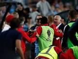 Vechtpartij ploeg Graham Arnold nadat tegenstander ballenjongen omver loopt
