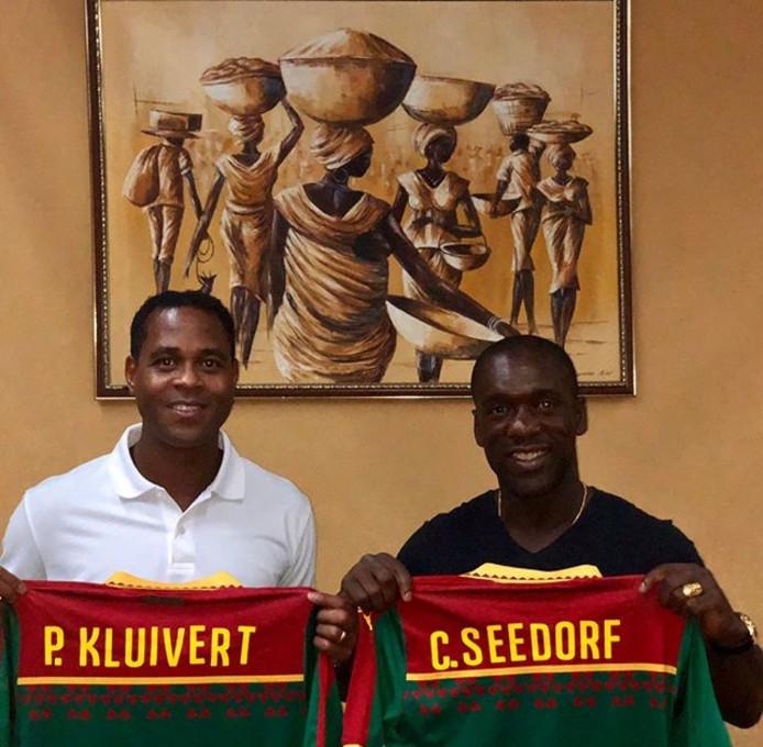 Patrick Kluivert en Clarence Seedorf in Kameroen.