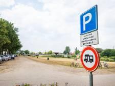 'Nep parkeerverbod' voor campers langs de Vecht wordt nu echt
