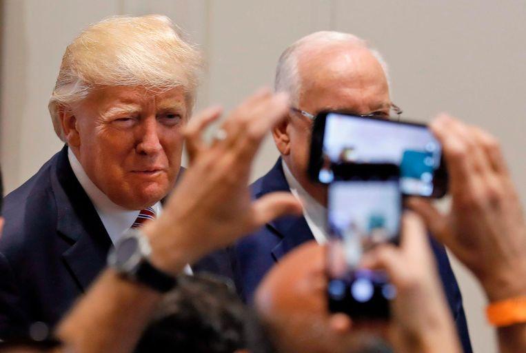 CNN en NBC scoorden met 93 procent het hoogst als het ging om de negatieve berichtgeving over Trump in zijn eerste honderd dagen. Van de kwaliteitskranten was 87 procent van de berichtgeving van The New York Times negatief en van The Washington Post 83 procent. Beeld AFP