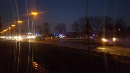 VIDEO. R4 richting Gent versperd na ongeval: 5 lichtgewonden