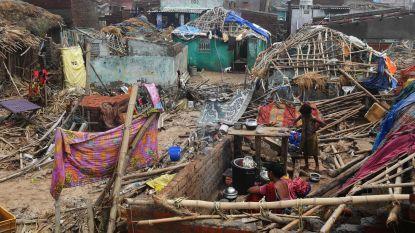 Dodental cycloon Fani loopt op naar 77