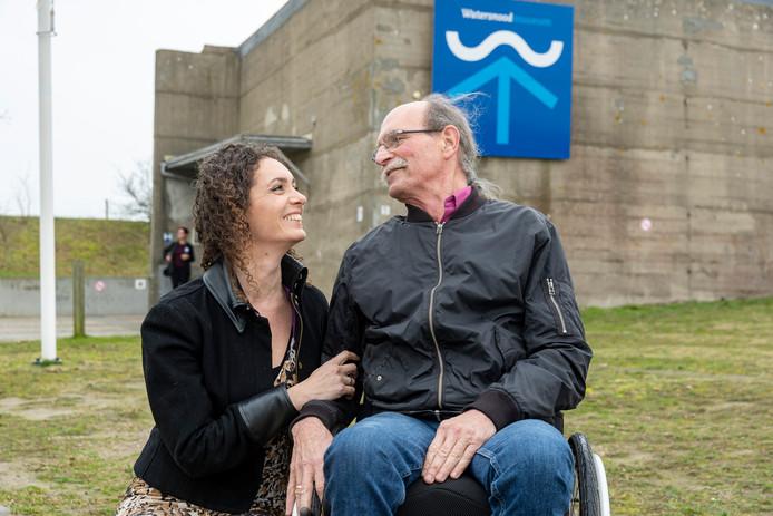 Marielle en haar vader Arij Penning vertelden hun verhaal dit weekend in het Watersnoodmuseum in Ouwerkerk