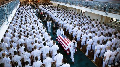 Overleden McCain bijgezet aan marineacademie in Annapolis